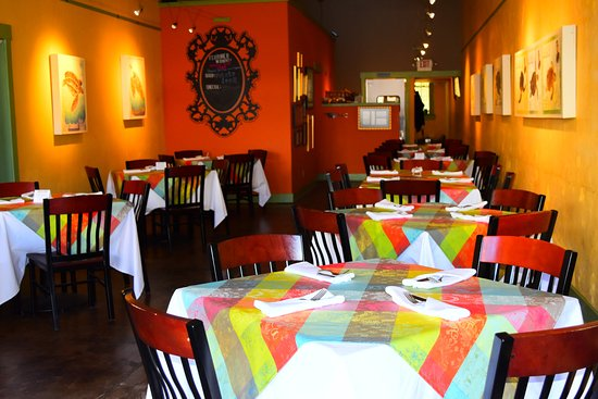 Brownwood, TX: Your table awaits.