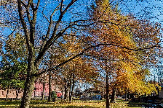 Lititz Springs Park : Beautiful for walks