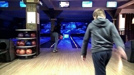 Toro Bowling