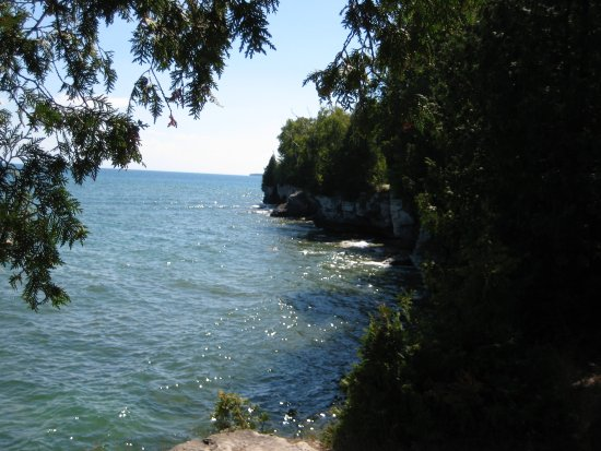 Sturgeon Bay, WI: Some 12 foot bluffs at shore of Cave Point