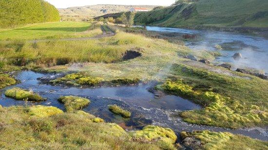 Fludir, Islandia: Sur le chemin autour du Secret Lagoon