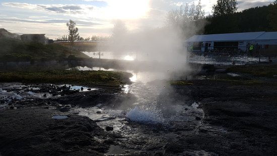 Fludir, Islandia: Geyser du Secret Lagoon