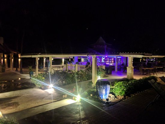 Pega Pega Grill and Beach Bar: IMG_20171117_191055_large.jpg