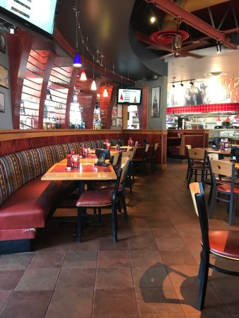 Get Red Robin Gourmet Burgers and Brews delivery in Houston, TX! Place your order online through DoorDash and get your favorite meals from Red Robin Gourmet Burgers and Brews delivered to you in under an hour. It's that simple! /5(K).