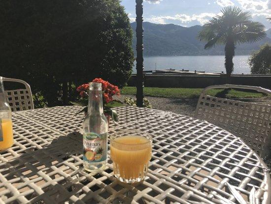 Pallanza, Italy: Terrasse avec une vue imprenable sur le lac !