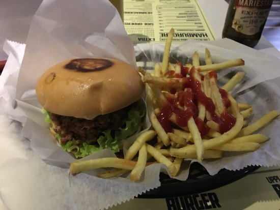 Upplands-Väsby, Swedia: Burger Bistron