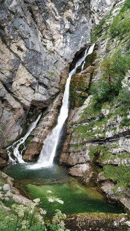 Bohinjsko Jezero, Eslovênia: Waterfall Savica