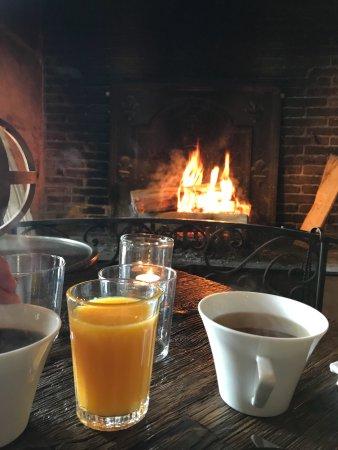 La Chaumière : Brunch parfait au coin du feu