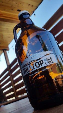 Pleasant Hill, Oregón: Beer growlers!