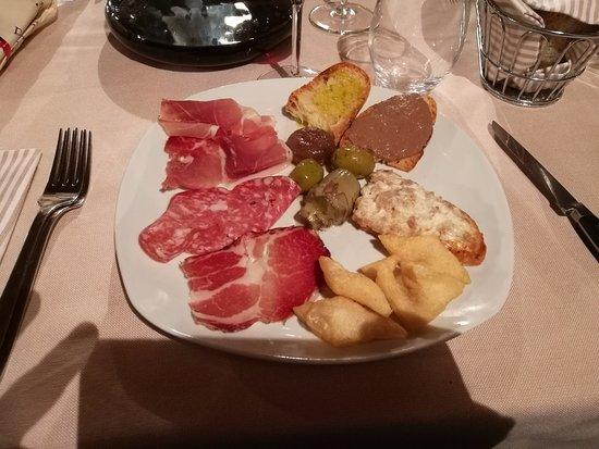 Monte Antico, Italien: l'antipasto toscano