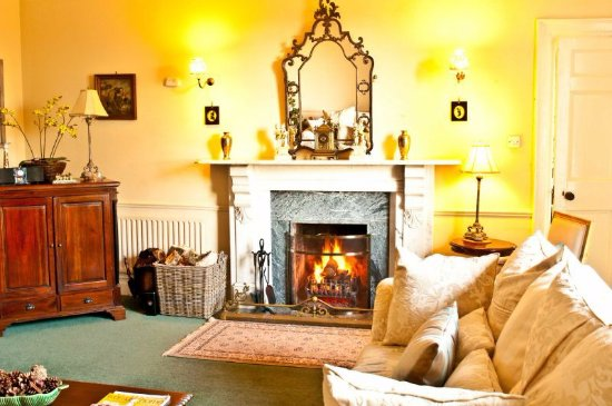 Bansha, Ireland: living area