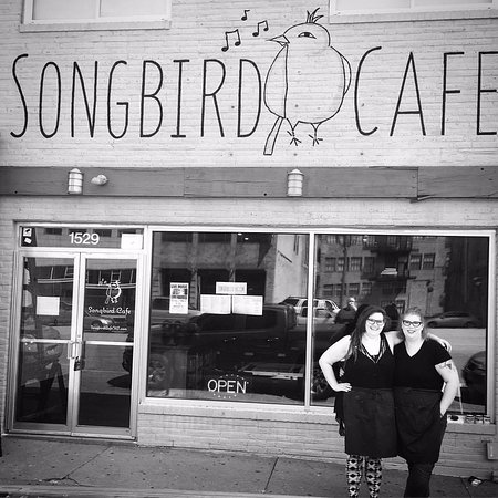 Grandview, MO: Songbird Cafe' Crossroads