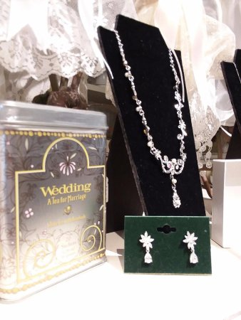 Carlisle, Pensilvania: Beautiful wedding jewelry!