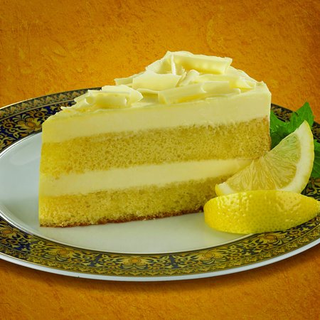 Euro Pizza Cafe: limocello cake