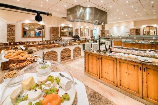 Hotel Edelweiss: Frühstücksbuiffet