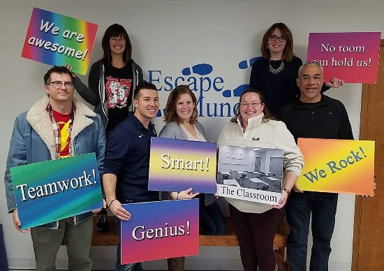 Muncie, IN: We had a group of seven, and the room kept all of us engaged and working together. So.Fun!