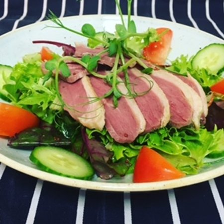 Sudbury, UK: One of our summer dishes, smoked duck breast salad.
