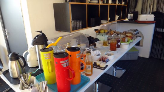 Villeneuve-les-Avignon, Frankrike: Café da manhã