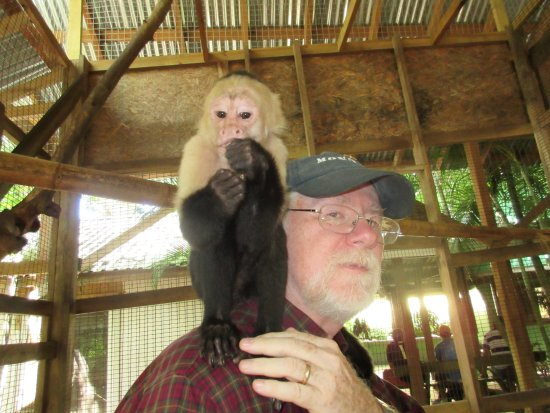 Coxen Hole, Honduras: At the zoo with friends!