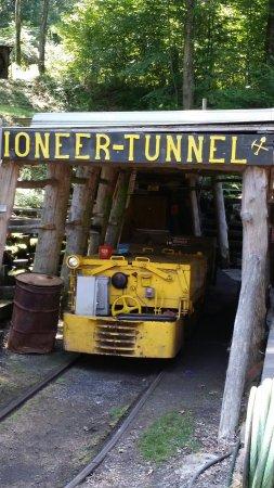 Ashland, PA: Pioneer Tunnel Coal Mine & Steam Train