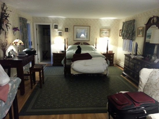 Londonderry, NH: main bed room