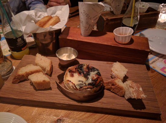 West Ashling, UK: Camembert... they heat it up and it is amazing for dipping! have a go!