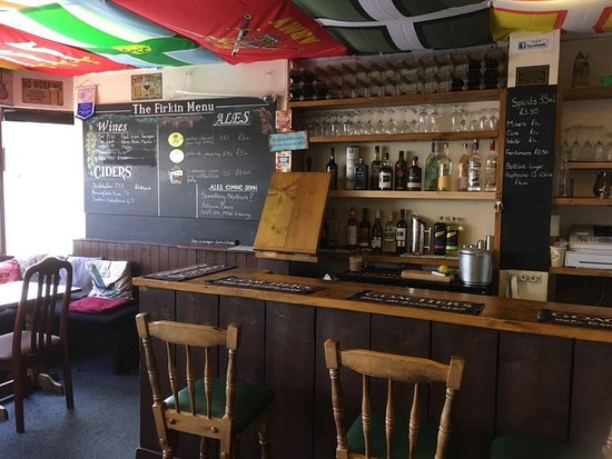 Herne Bay, UK: The bar