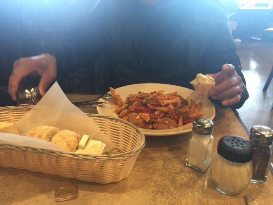 Suffolk, VA: Pasta my husband ordered, the bread was the best item we got