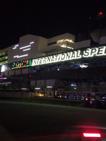 daytona international speedway img 20171119 wa0045_largejpg