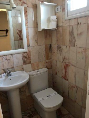 Futuristic Gay Bathroom Concept