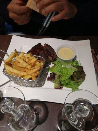 Restaurant le cosy dans plaisir avec cuisine fran aise for Cuisine plaisir