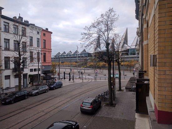 Maison Emile: uitzicht vanuit kamer 14 met balkon