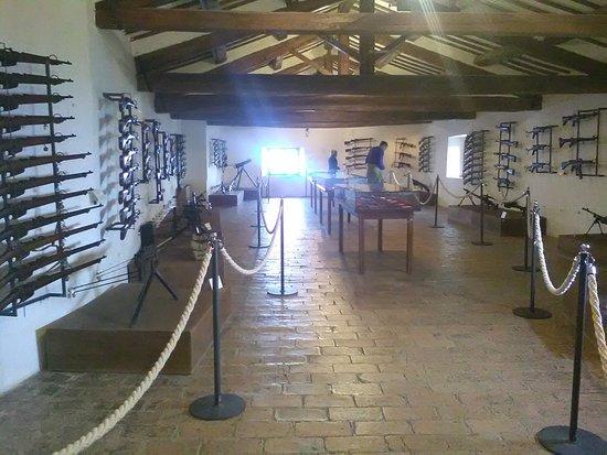 Forte di San Leo: sala delle armi