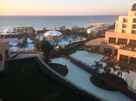 Kaya Palazzo Golf Resort: vue de la chambre