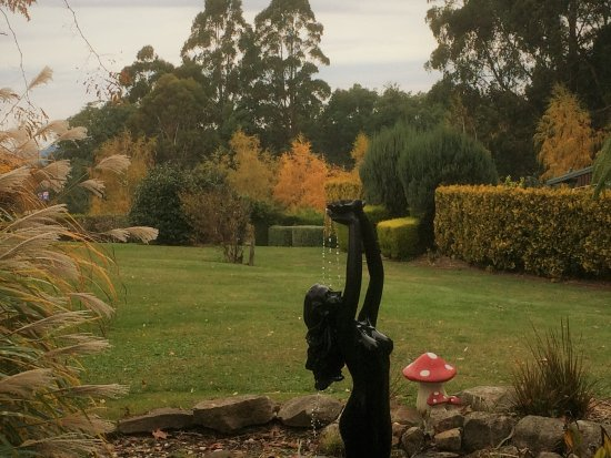 Olinda, Australia: Gracehill Garden Water feature