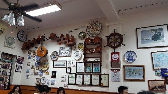 O SANTOS - Comida Portuguesa Restaurant : 20171113_201559_large.jpg