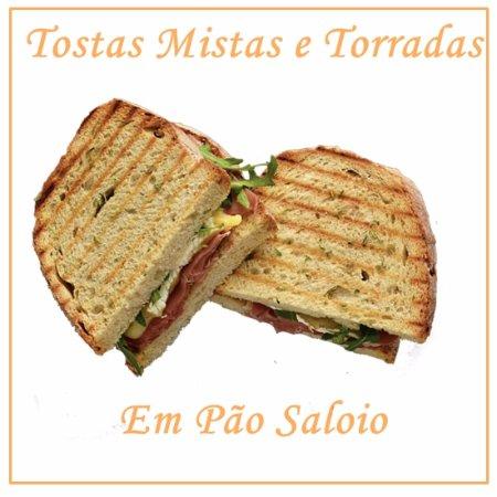 Vila Nova de Famalicao, Portugalia: Tostas e Torradas Especiais