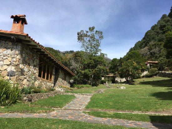 Andean Region, Wenezuela: Cabaña La Lomita, 3 Habitaciones, Salón con chimenea, TV, Cable, minicocina y 3 baños.