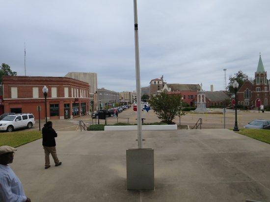 Texarkana, AR: The Arkansas Texas border