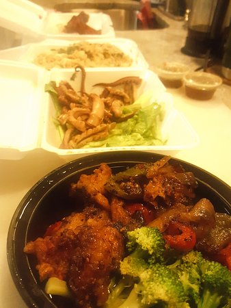 Upper Darby, PA: Sweet Chili Fish, Grilled Squid, Crab Fried Rice, Thai Wings-Take Out