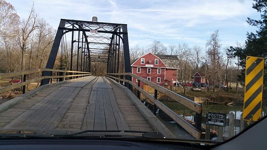 Rogers, AR: Love this old bridge...