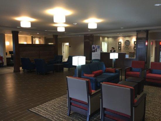 Lynchburg, VA: Lobby
