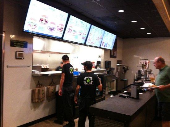 Tresen Kuche Picture Of Burgerfi Fort Myers Tripadvisor