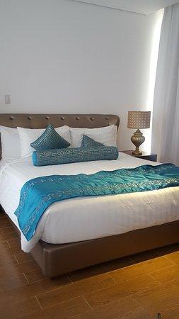 Thunderbird Resorts & Casinos - Poro Point: The master bedroom