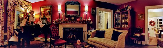 Prospect Hill Plantation Inn: Parlor