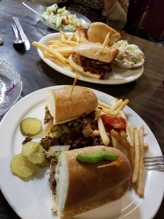 San Dimas, CA: Cheesesteak sandwich