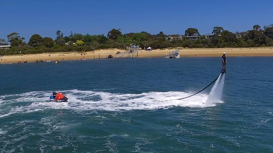 Cowes, Australia: Never been easier to fly across the water