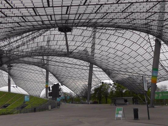 Olympiapark: Stadium Olimpico de Munich