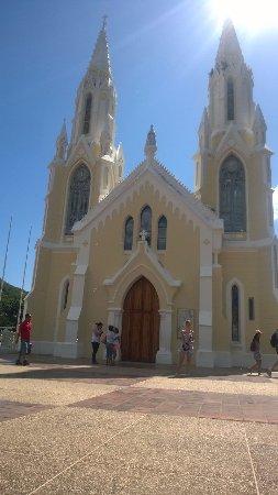 Basílica Virgen del Valle: Hermosa!!