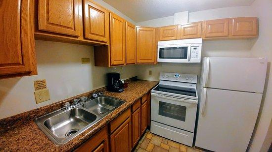 Iowa City, IA: Kitchen in 2 Bedroom Suite